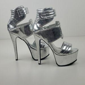 Privileged drama silver stiletto platform heel 8